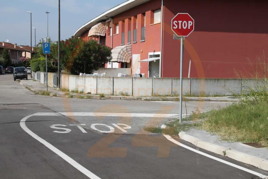 Fermarsi al segnale di Stop è obbligatorio?